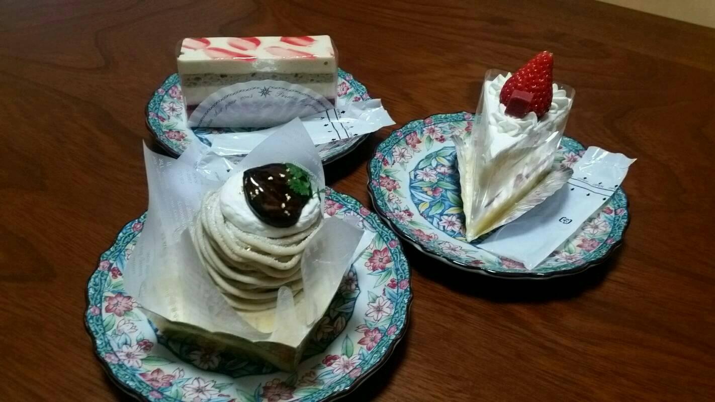 ケーキもまた良い。