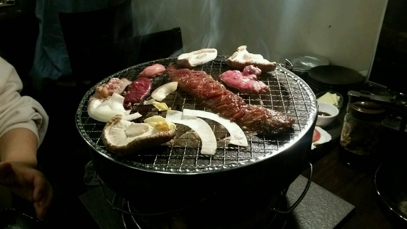 焼肉……弘前にて。